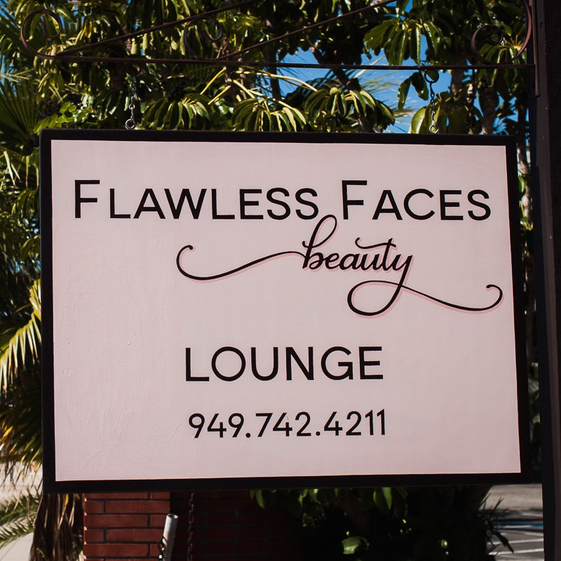 Flawless Faces Beauty Lounge (949) 742-4211