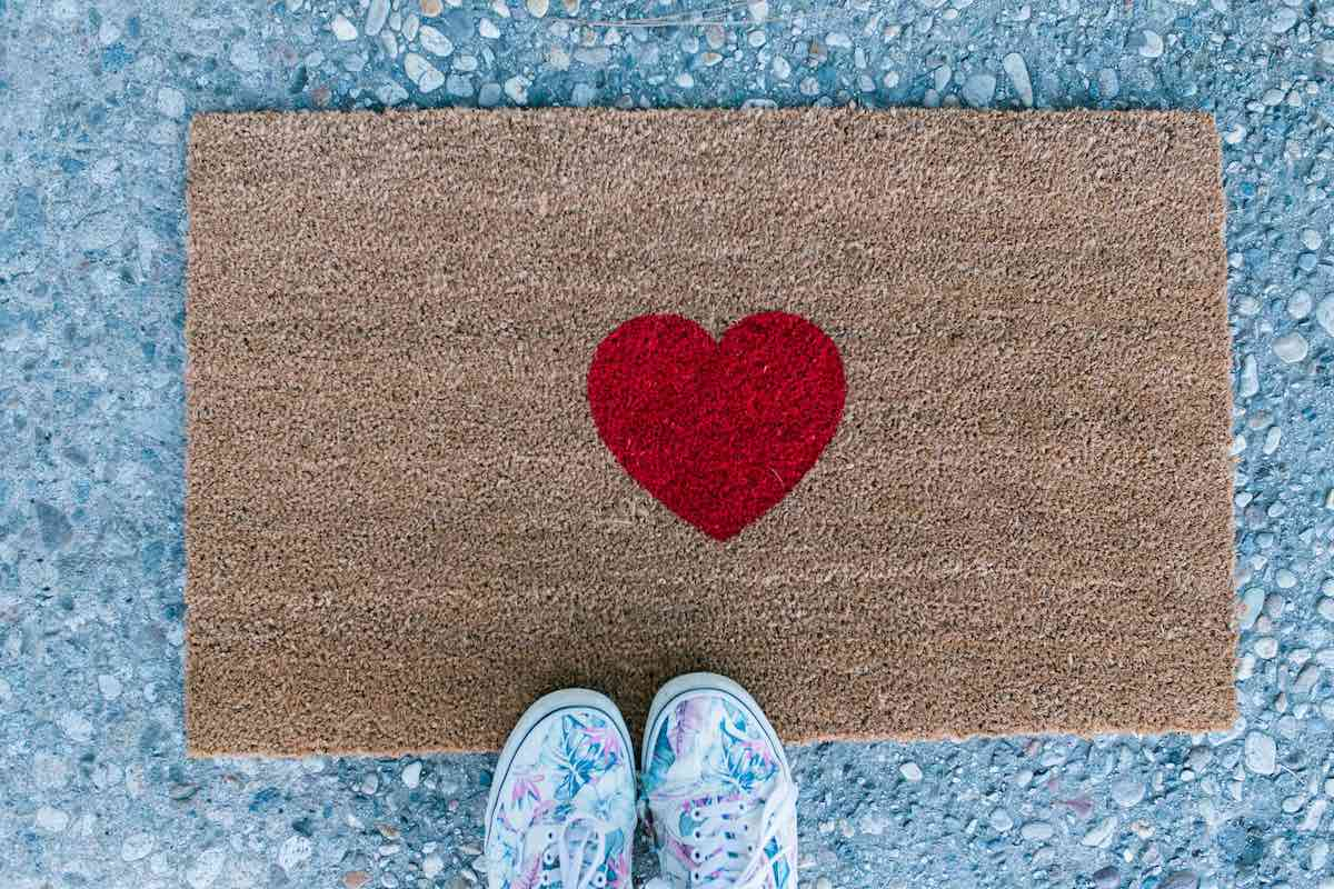 Whimsical Welcome Home: %22Be Still My Heart%22 Doormat (Nickel + Birch // Costa Mesa, California)