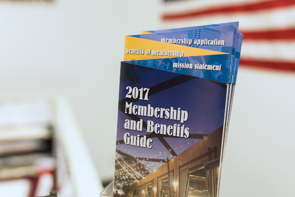 2017 Membership and Benefits Guide, Costa Mesa Chamber of Commerce